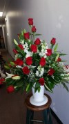 Table Arrangement all Red Roses